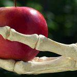 70% din legumele și fructele vândute în SUA conțin reziduuri de pesticide chiar și după spălare