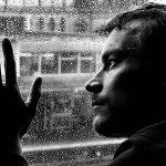 Milioane de persoane care iau antidepresive ar trebui avertizate asupra riscurilor