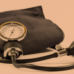 Pacienţii cu hipertensiune arterială prezintă un risc crescut de deces cauzat de coronavirus