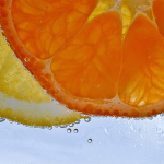 """Vitamina C în doze mari tratează oboseala post-virală şi """"COVID-ul prelungit"""""""